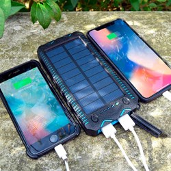 Solar Charging Powerbank with Lighter and Torch: 20.000MAH