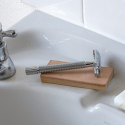 Leather Sharpener for Razors