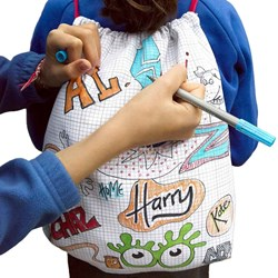 Doodle Drawstring Backpack   Includes Pen Set