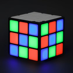 Retro LED Cube Speaker | Flashing Rubik's Cube