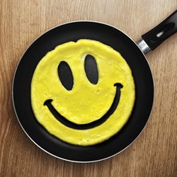 Smiley Egg Ring | The Upbeat Egg!