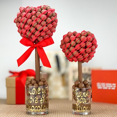 Personalised  Malteser Red Drizzle Heart Tree