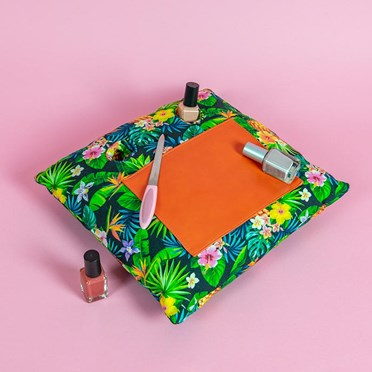 Tropical Manicure Cushion Nail Bar