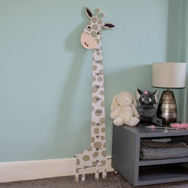 Children's Giraffe Measuring Board