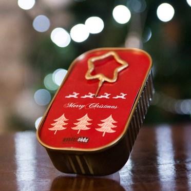 Merry Christmas Sparkling Wonder Cake