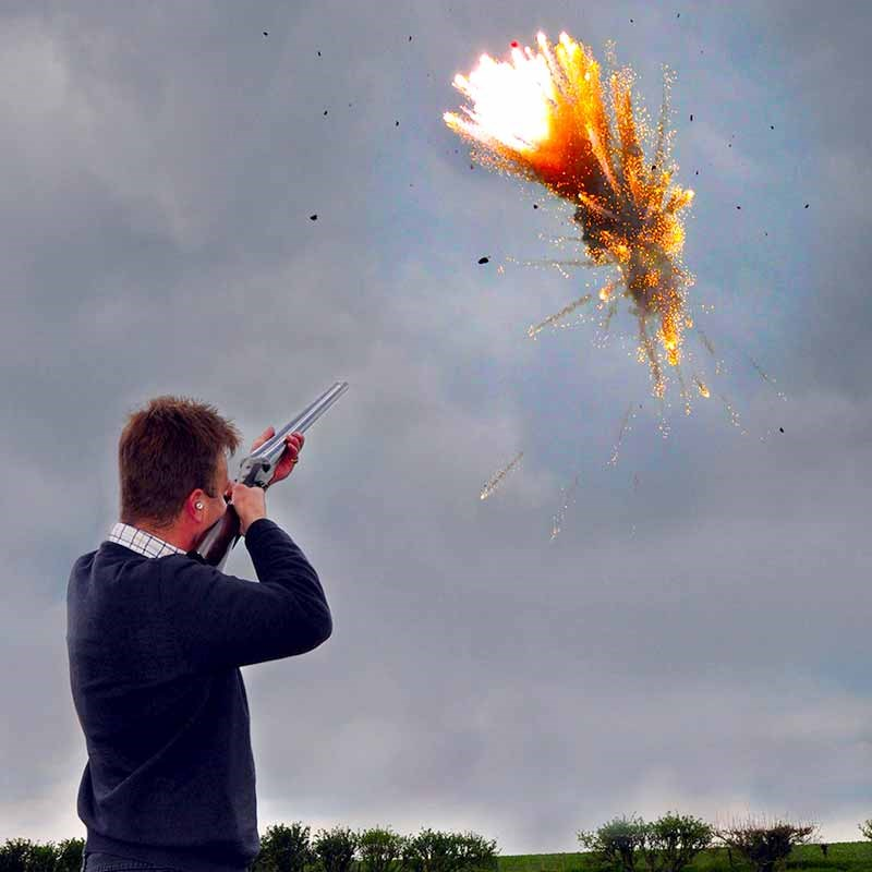 Exploding Clay Pigeon Targets The Present Finder